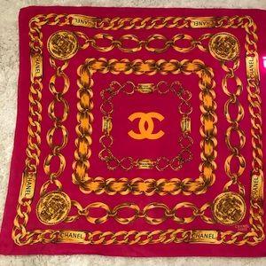 Chanel scarf. Excellent condition Paris France